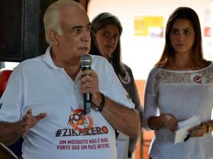 Ministros visitam São José e Pinda em evento nacional contra dengue (Foto: Filipe Rodrigues/ G1)