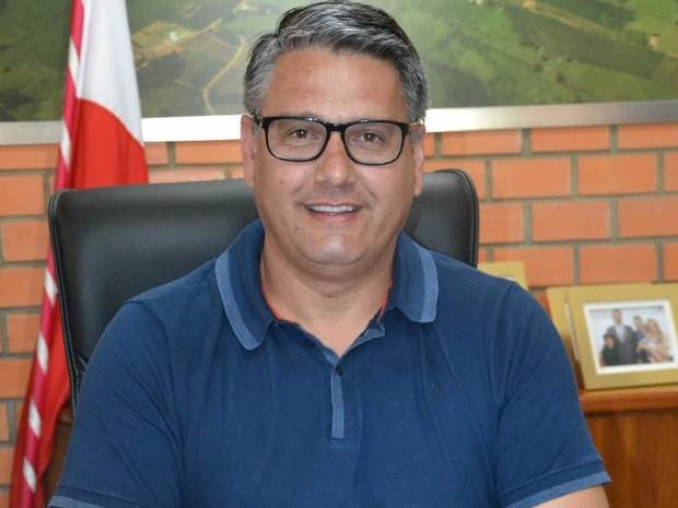 Castilho Silvano Vieira foi eleito em Sangão, mas Justiça entendeu que era 3º mandato  (Foto: Prefeitura de Sangão/Divulgação)