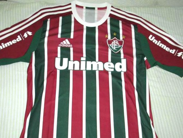 Imagens da nova camisa número um do Fluminense vazam na