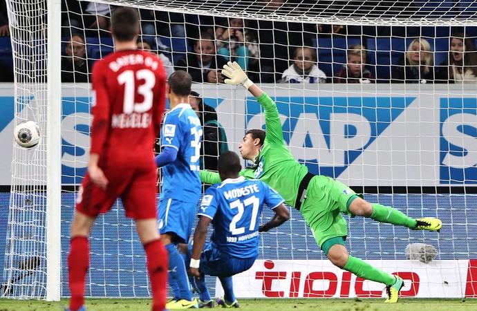 Stefan Kiessling gol por fora Bayer Leverkusen contra Hoffenheim (Foto: Getty Images)