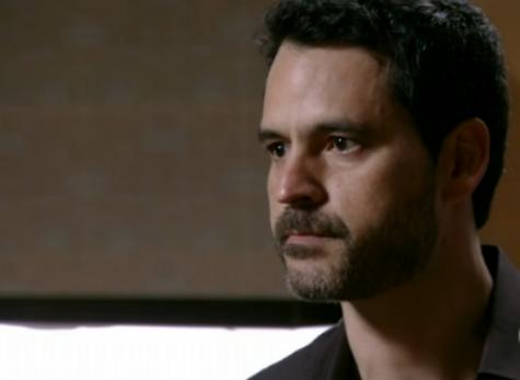 """Bruno Garcia é Natan em """"Sangue bom"""" (Foto: Reprodução)"""