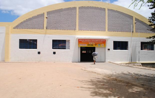 Secretaria de Ação Social do município de Pesqueira, onde será velado o corpo de Aprígiio Gusmão  (Foto: divulgação / Ascom Pesqueira)