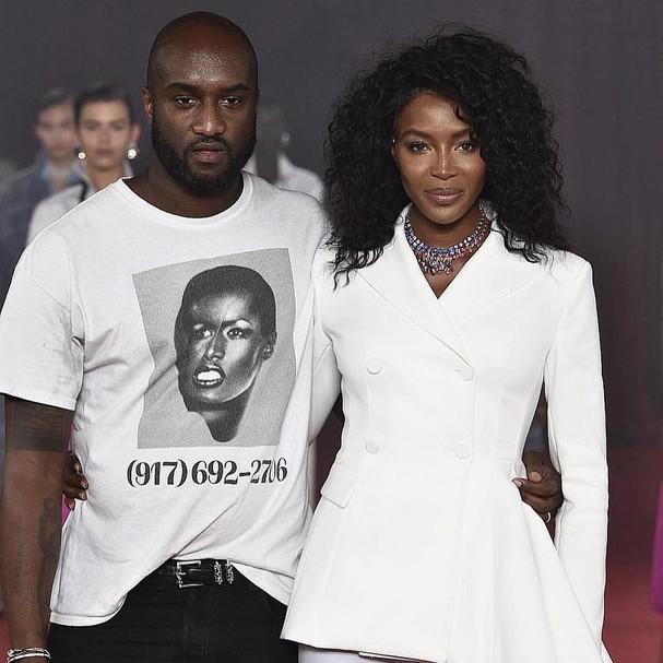 Virgil Aboh, da Off white, e Naomi Campbell (Foto: Divulgação)