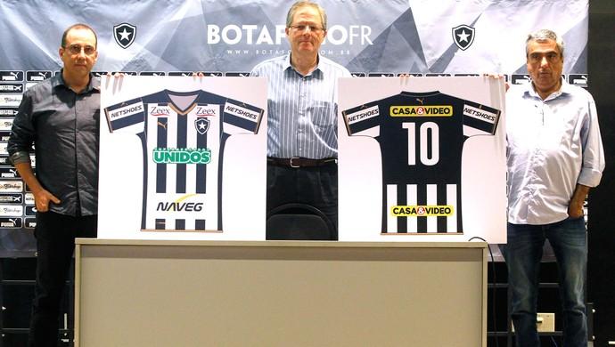 Nova camisa Botafogo (Foto: Vitor Silva / SSpress)