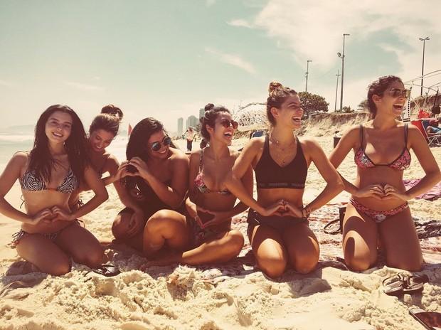 Giovanna Lancellotti, Carolina Moraes, Marina Kalil, Yanna Lavigne, Mariana Goldfarb e Mariana Uhlmann (Foto: Reprodução / Instagram)
