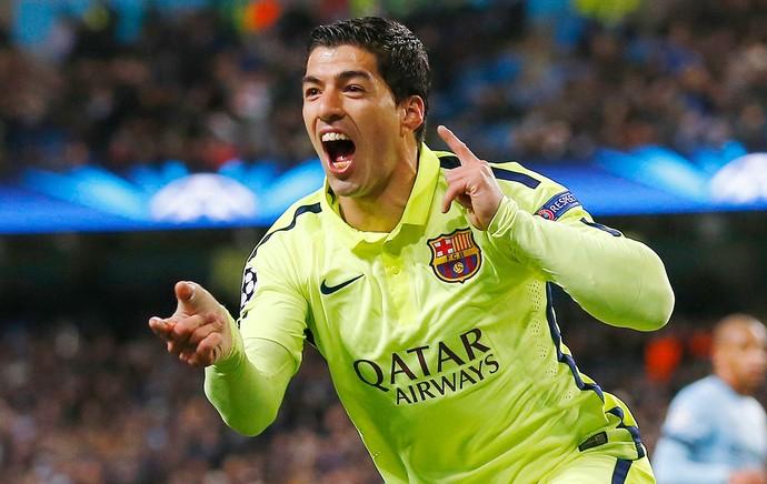 Suarez comemora gol do Barcelona contra o Manchester City (Foto: Agência Reutes)