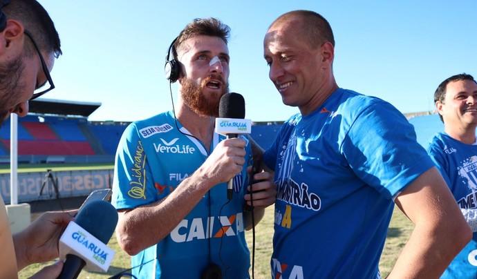 Diego Jardel e Marquinhos (Foto: Jamira Furlani/Avaí FC)