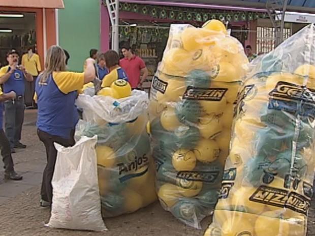 Ação aconteceu na quadra 6 do Calçadão da Batista de Carvalho  (Foto: Reprodução / TV TEM)