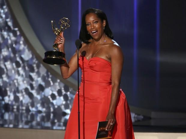 """Regina King ganha o Emmy de melhor atriz coadjuvante em série limitada ou filme para a TV por """"American Crime"""" (Foto: Mike Blake/Reuters)"""