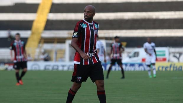 Nunes, atacante do Botafogo-SP