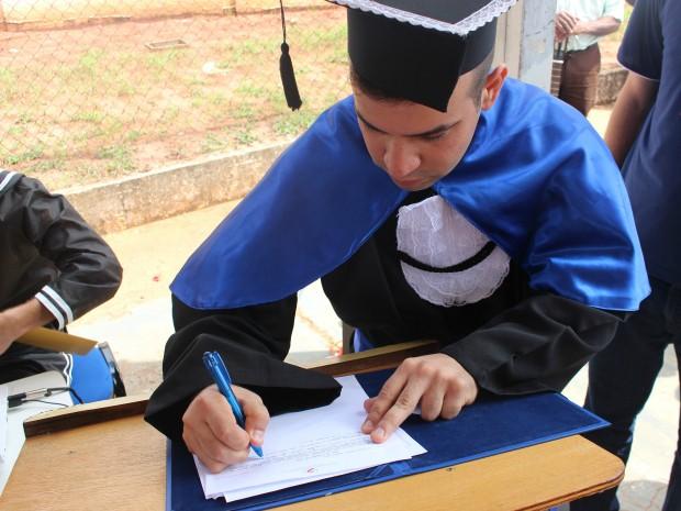 Preso conclui ensino superior no regime fechado em Campo Grande (Foto: Gabriela Pavão/ G1 MS)