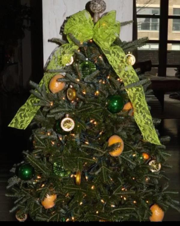 A árvore de Natal de limões da cantora Beyoncé (Foto: Instagram)