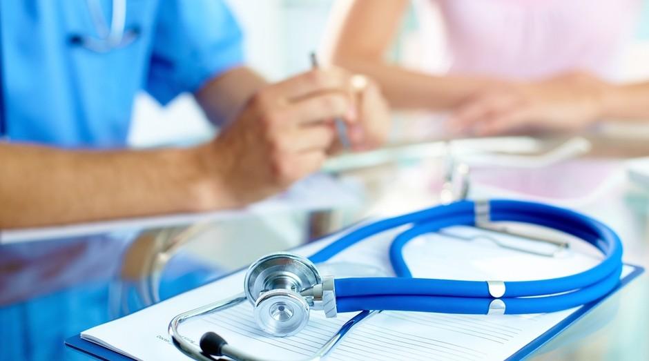médico, medicina, saúde, clínica (Foto: Shutterstock)
