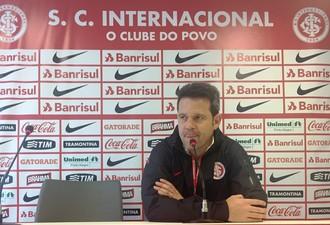 Argel técnico Inter (Foto: Tomás Hammes / GloboEsporte.com)