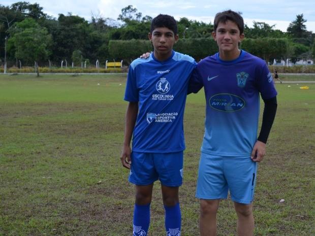 Lucas Santos e Márcio Patáro, selecionado do Avaí para teste no Coritiba (Foto: Lauane Sena)