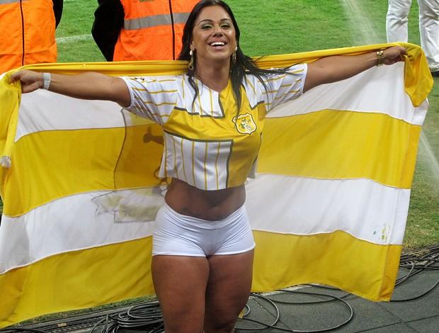 Musa do Brasiliense Vanessa Soares estádio mané garrincha (Foto: Fabrício Marques)