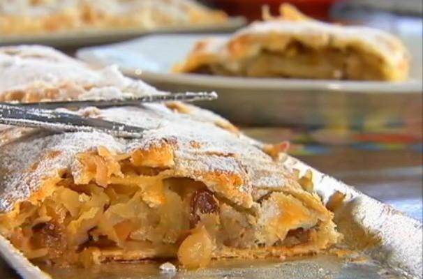 Nosso Campo ensina a receita do strudel, um folhado de maçã que é uma delícia (Foto: Reprodução / TV TEM)