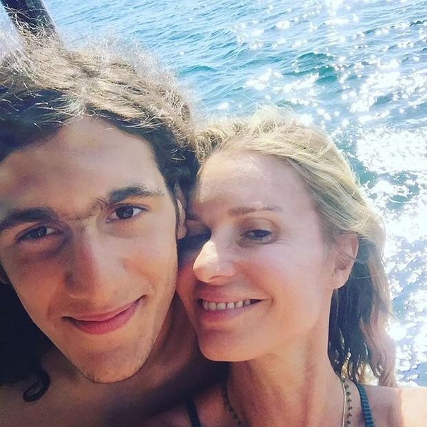 Tom Veloso e Paula Burlamaqui (Foto: Reprodução/Instagram)