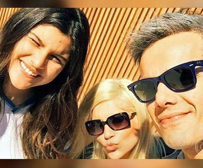 Giulia, Flávia Alessandra e Otaviano Costa: felizes  (Foto: TV Globo)