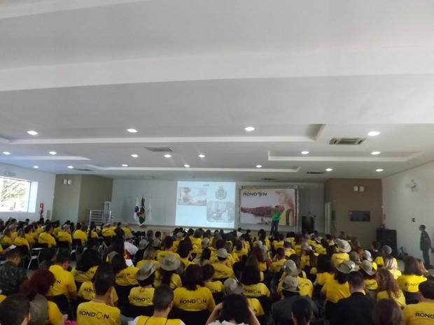 Abertura do Projeto Rondon reuniu estudantes de várias estados em Montes Claros, MG. (Foto: Victor Michel)