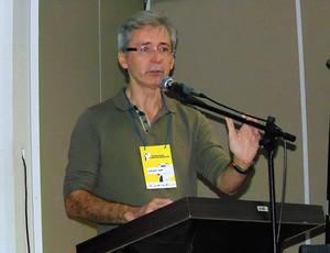 Nelson Lira faz palestra no 1º Seminário Pensando o Futebol Profissional da Paraíba (Foto: Ascom/ Botafogo-PB)