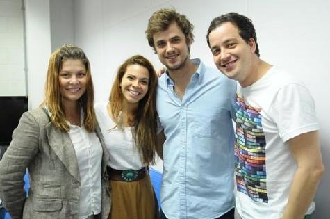 Elenco de 'Nova Família Trapo', da Record (Foto: Munir Chatack/Record)