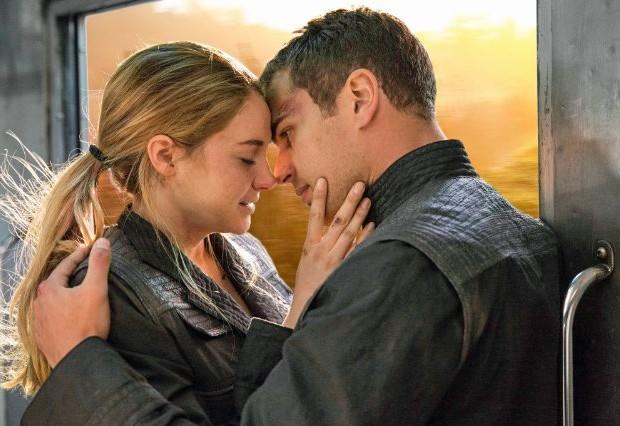 Theo James e Shailene Woodley em 'Divergente' (Foto: Divulgação)