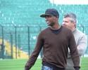 Kleber, ex-Corinthians, Santos e Inter, encerra a carreira de atleta no Figueira
