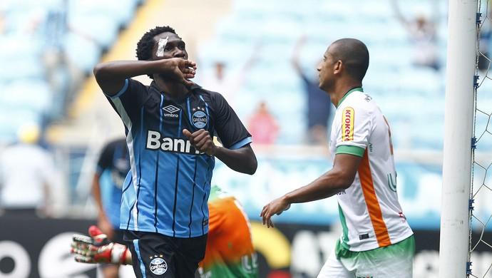 Negueba comemora gol contra o América-MG (Foto: Lucas Uebel / Grêmio, DVG)