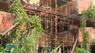 Moradores reclamam de imóveis abandonados em Vila Velha, ES