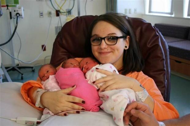 Amber e as filhas (Foto: Arquivo pessoal)