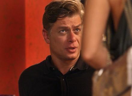 Teaser: Arthur revela que não pode ter filhos, e Jonatas e Eliza fazem as pazes
