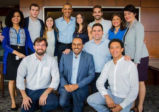 Jovens selecionados para o bate papo com Barack Obama (Foto: Divulgação)