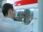 Pesquisa desenvolve bactéria para matar larvas do Aedes em PE