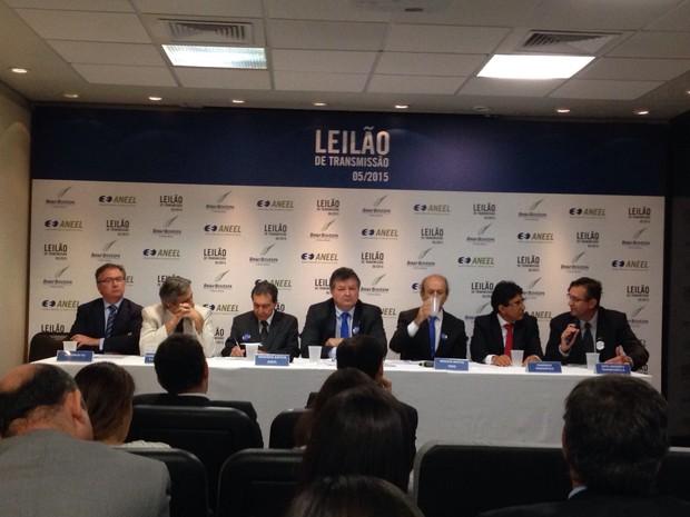 6558dea8a27 Representantes da Aneel e do Ministério de Minas e Energia falam à imprensa  após o leilão
