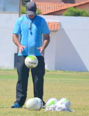 Paulo Moroni, técnico do Parnahyba (Foto: Didu Masullo)