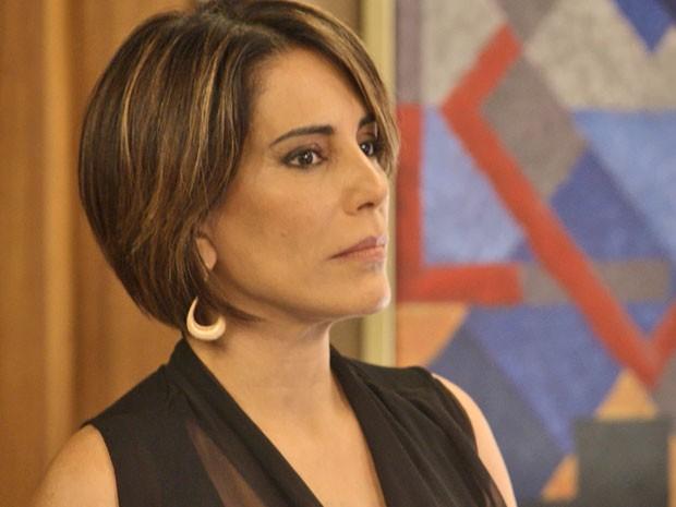 Beatriz nomeia antigo affair como diretor da construtora (Foto: TV Globo)