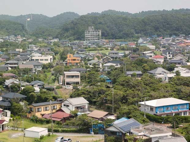 Vista geral de Onjuku, um dos municípios que podem perder mais da metade da população até 2040. (Foto: Ewerthon Tobace / BBC Brasil)
