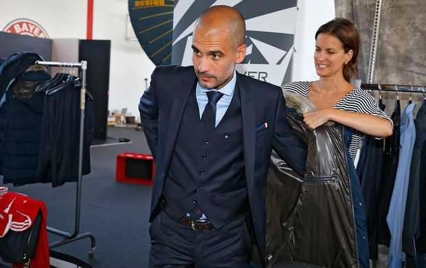 Guardiola Bayern de Munique sessão de fotos (Foto: AFP)