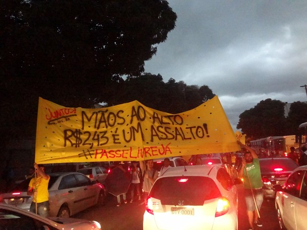 Protesto Belém Manifestação Passagem (Foto: Natália Mello/G1)