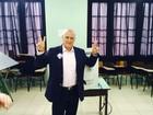 Candidato ao Senado, Lasier vota acompanhado de Vieira da Cunha
