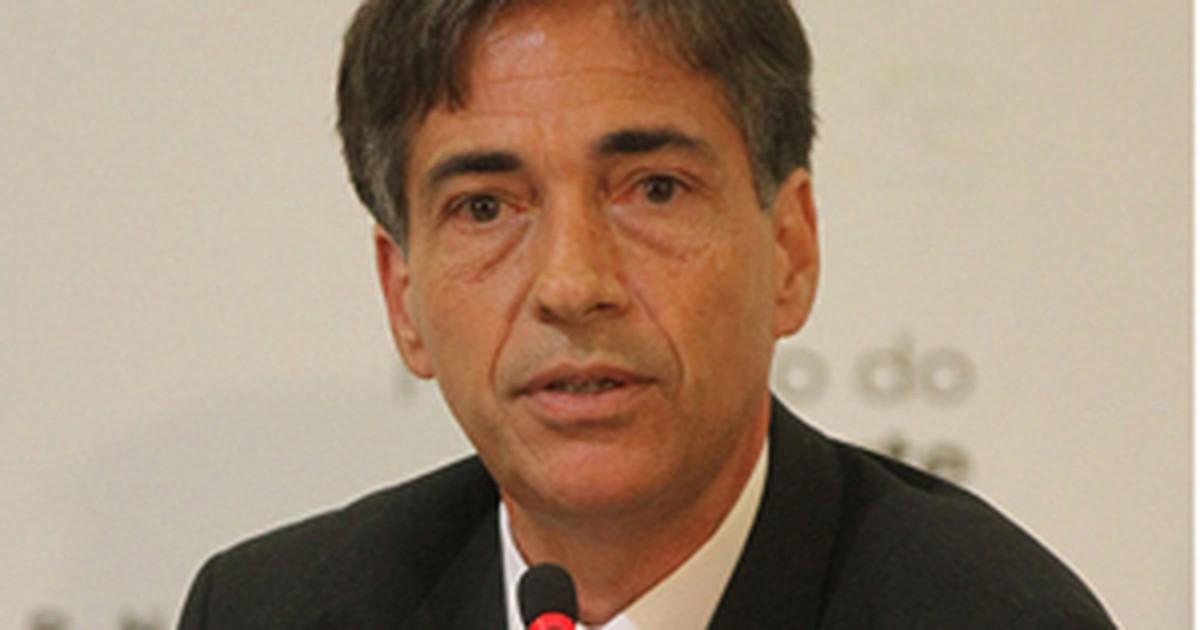 G1 - Novo secretário-executivo do Esporte assume organização da Copa ... - luis-fernandes-25jan