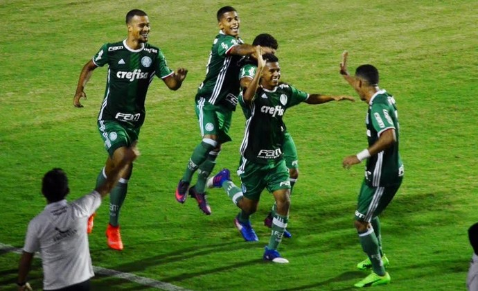 Juninho Palmeiras sub-20 x Criciúma (Foto: Danilo Sardinha/GloboEsporte.com)