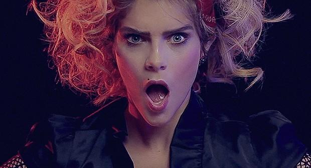 "Material Girl: Isabella Santoni vira Madonna ""Beauty Flash"" (Foto: Divulgação)"