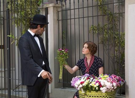 Eliza lembra de primeira vez e sonha com Jonatas
