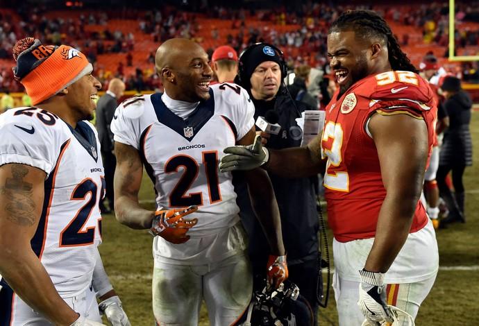 Dontari Poe ganha o carinho de seus rivais de Denver Broncos (Foto: Jason Hanna/Getty Images)