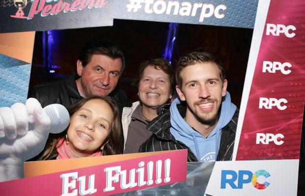 De quebra, o público ainda pôde tirar fotos com a moldura personalizada da RPC (Foto: Luiz Renato Correa/RPC)