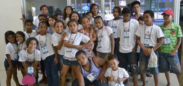 Alunos do CRAS Lamarão visitam a TV Sergipe (Foto: TV Sergipe/ Divulgação)