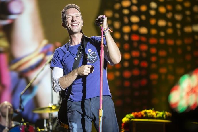 Coldplay em ação no primeiro show da América do Sul, na Argentina (Foto: Beto Landoni / Divulgação / Nobre Assessoria)