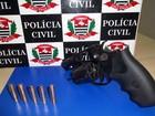 Após ameaçar comerciante, homem é detido com revólver municiado